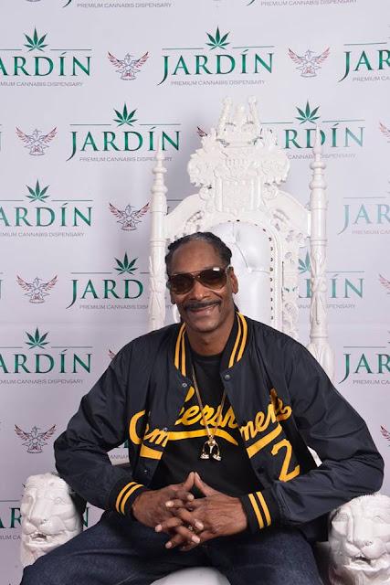 Jardin Cannabis Dispensary Grand Opening w/ Snoop Dogg / www.hiphopondeck.com