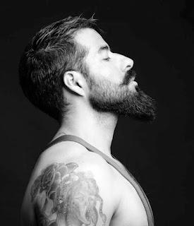 Thin straight hair with long Beard