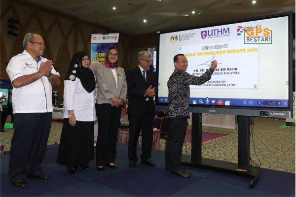 KPM Laksana Percubaan Pembantu Guru Dan Kaji Semula Skop Tugas