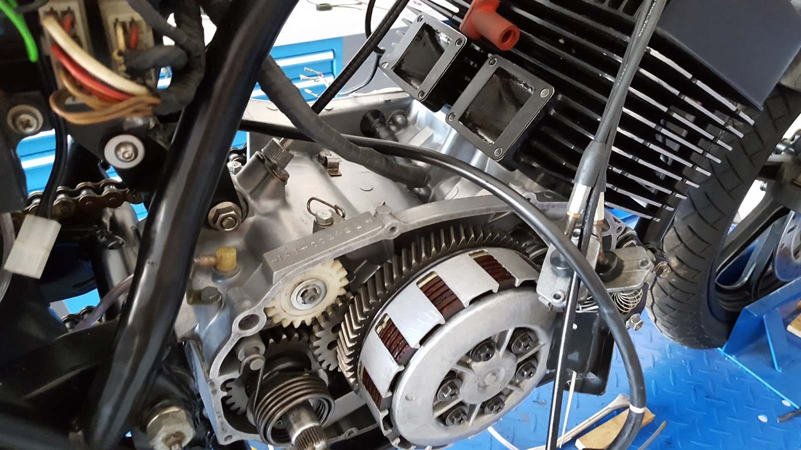 European motorcycle diaries rd4 yup you could dine off it chance to restore the yam engine back to new again note flat slides for carbs that ended up getting replaced falaconquin