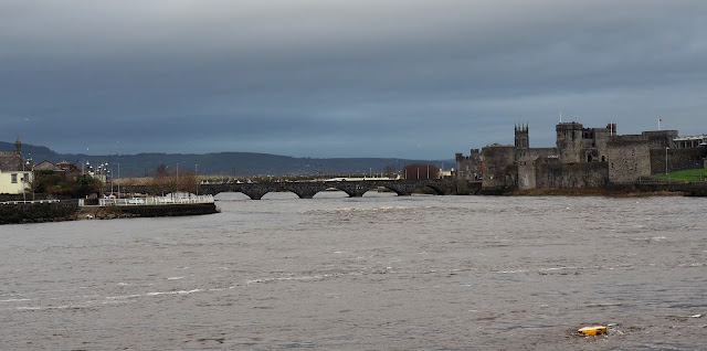 Limerick, Shannon river, King John's Castle