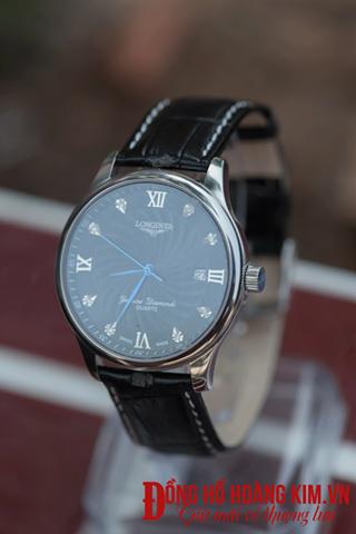 Đồng hồ Longines.