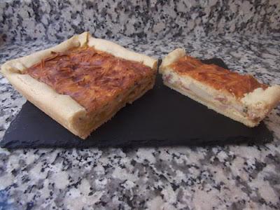 Pastel salado de puerro y bacon