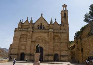 La Colegiata Santa María.