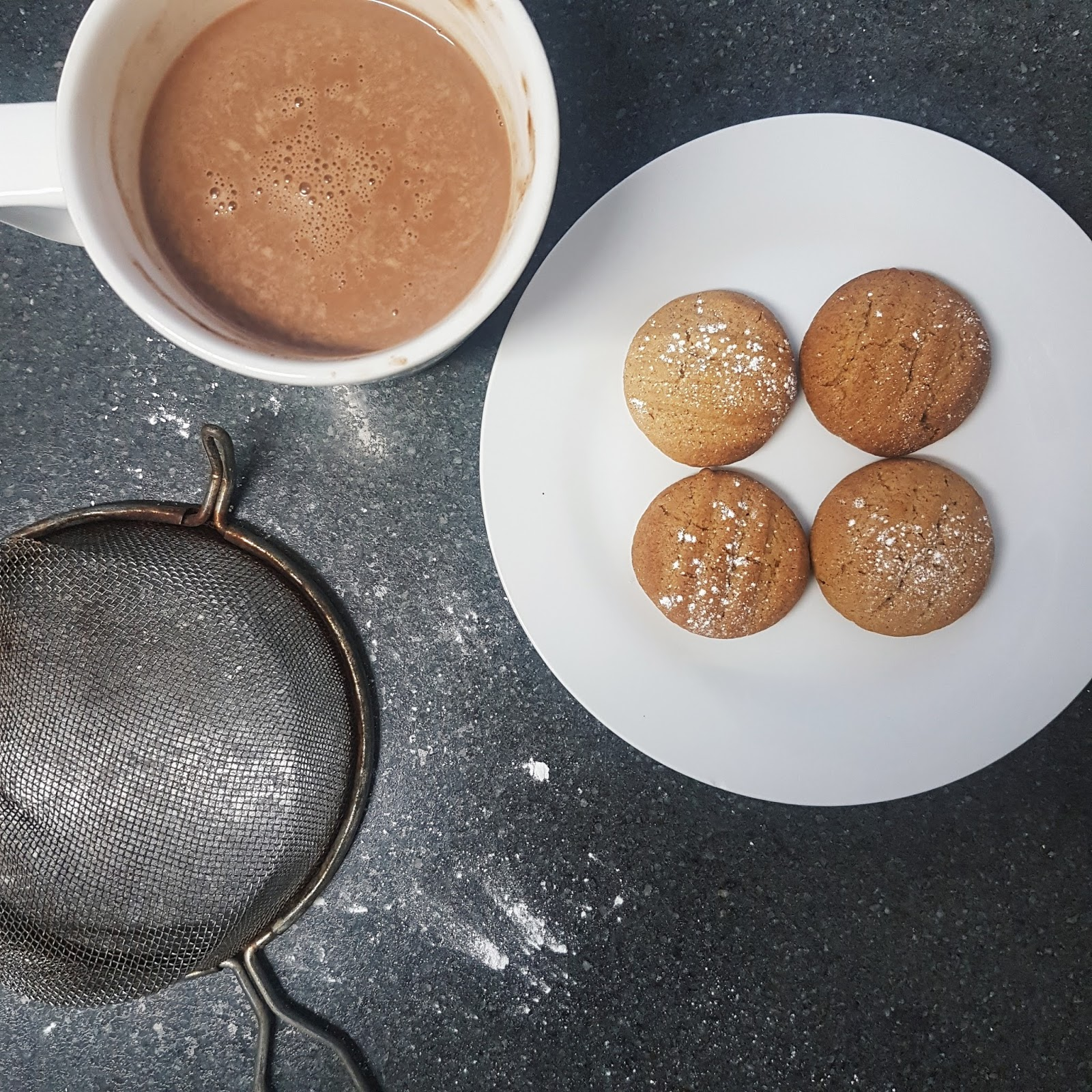Hot Chocolate and Orange Cinnamon Cookies