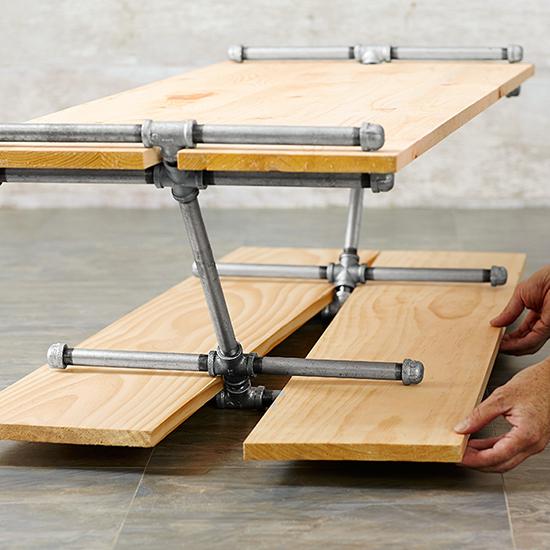 desain furniture unik dari pipa besi bekas