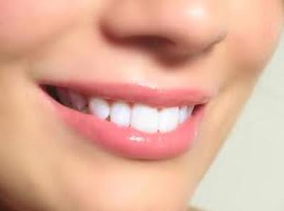 Cara Membuat Bibir Merah Alami Pink Merona Tanpa Bahan Kimia Kosmetik