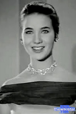 زبيدة ثروت (Zubaida Tharwat)، ممثلة مصرية