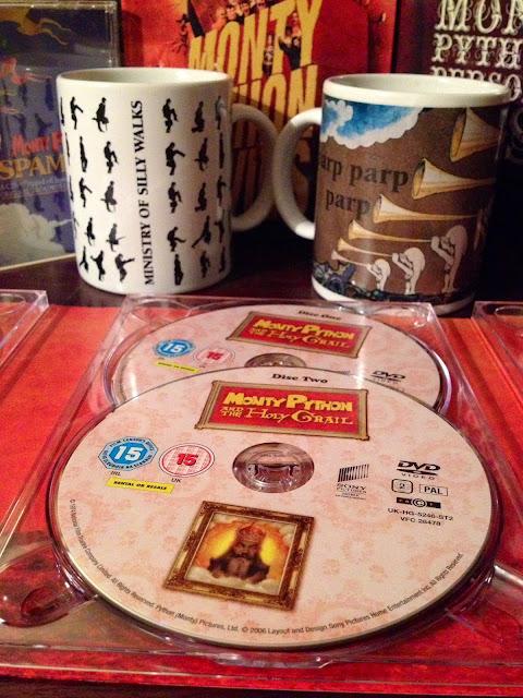 Relación entre la comida SPAM, Monty Python's Flying Circus, SPAMALOT y el correo basura -  Monty Python - el troblogdita - el fancine - ÁlvaroGP