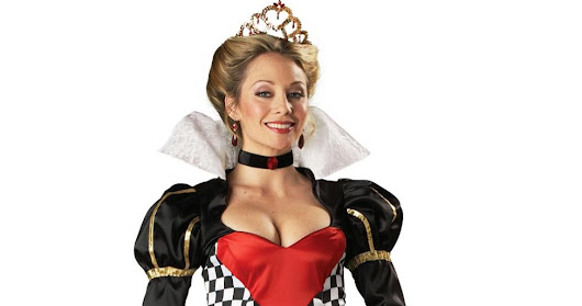 What are the queen costume ideas for this Halloween?