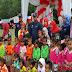 Bupati Dharmasraya Serahkan Bantuan Untuk Lima Anak Rawan Gizi