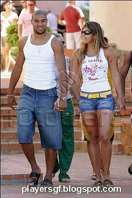Adriano and his sexi girlfriend