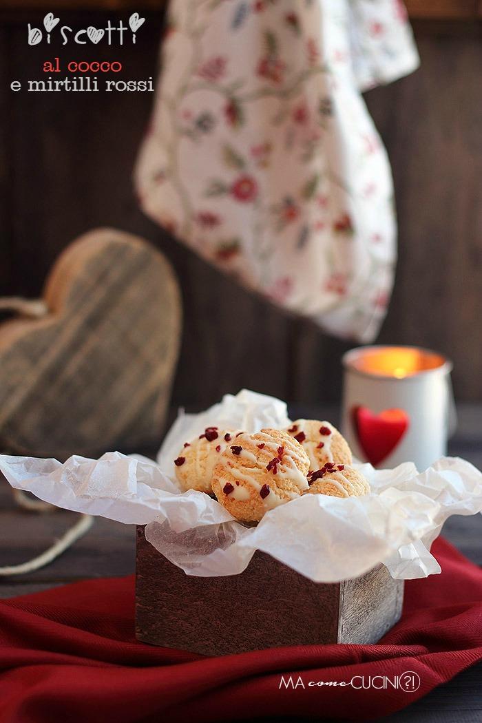 biscotti al cocco e mirtilli rossi