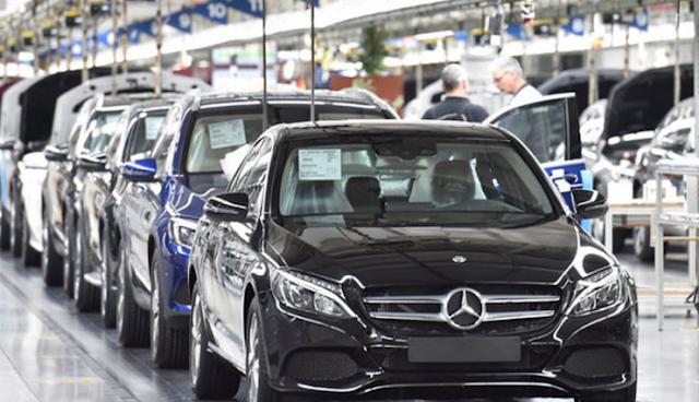 Mercedes Benz Rakit Produk Baru di Bogor