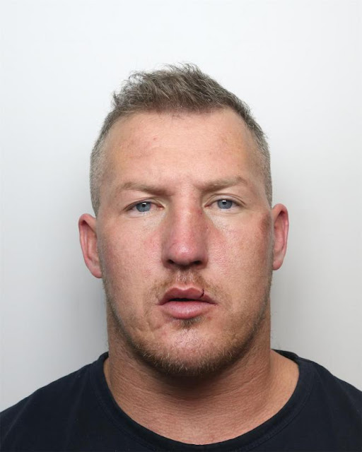 Ex-Royal Marine Commando Darren Storey, 35, jailed for knifepoint robbery at bus stop