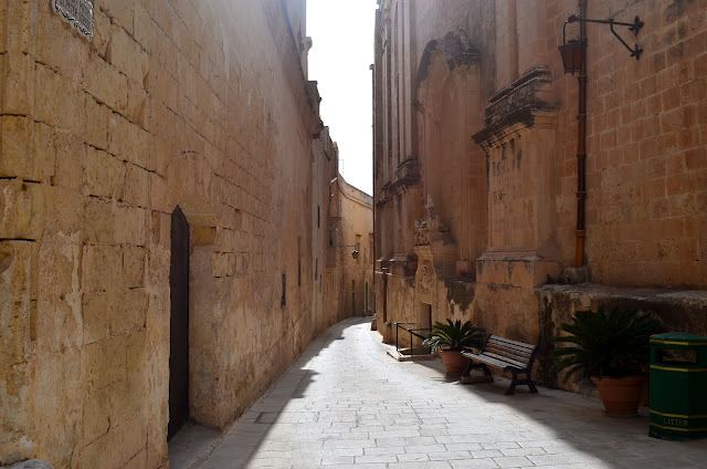 Mdina, middle age city, Malta, old alley
