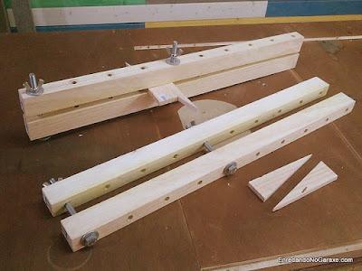 Sargentos de barra largos de carpintería fáciles de hacer. http://www.enredandonogaraxe.com