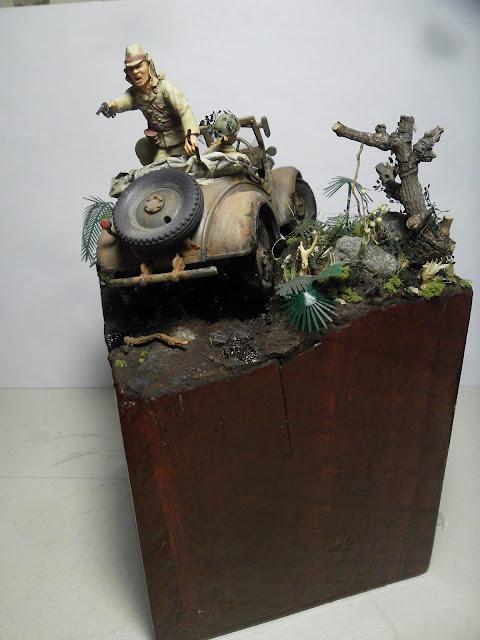 Kurogane 4x4 staff car diorama