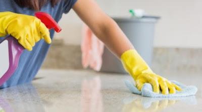 Cómo hacer un producto casero para limpiar