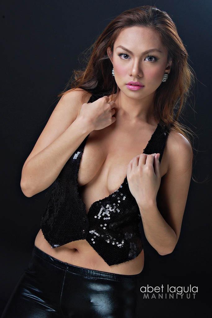 jahziel manabat hot bikini pics 01