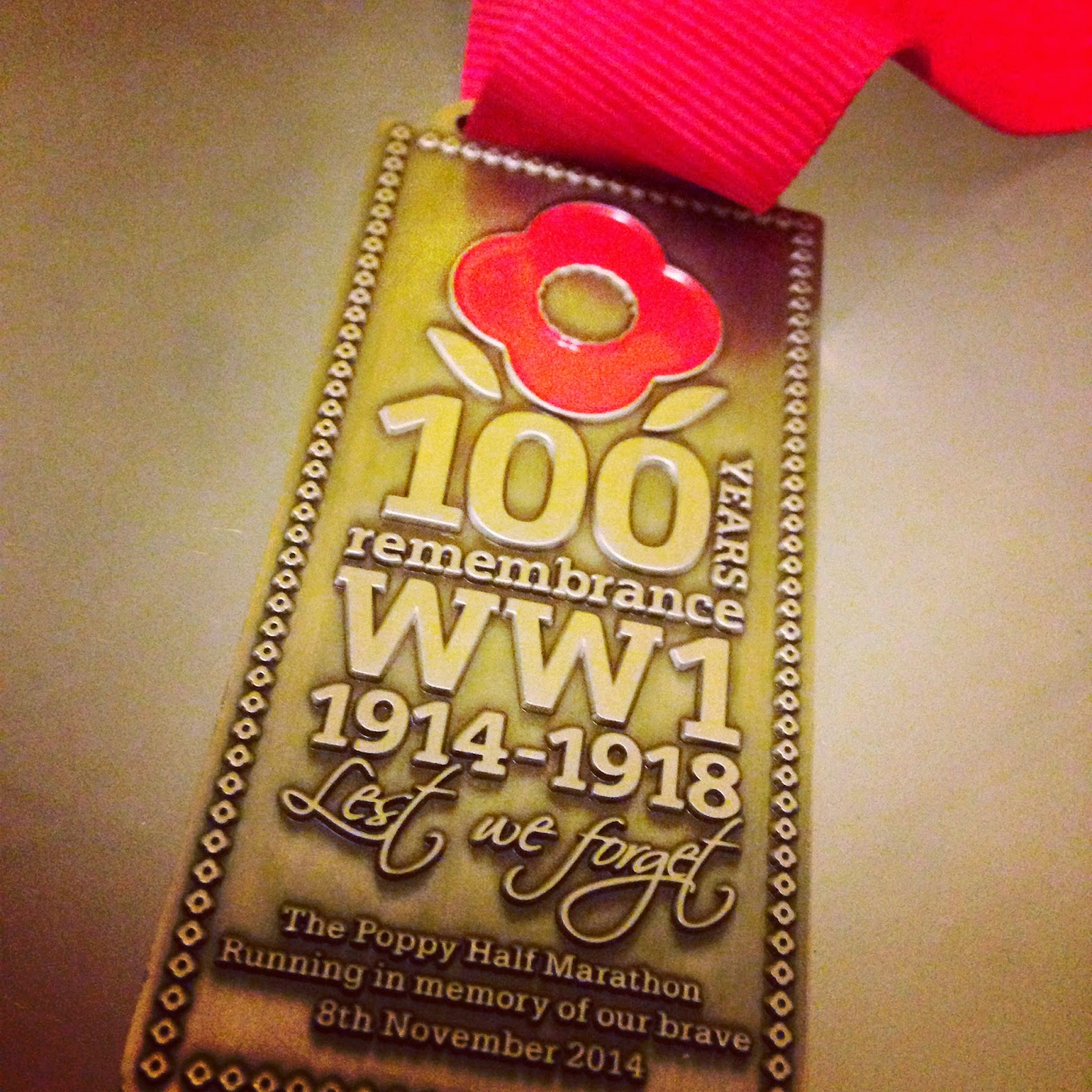 Poppy Half 2014 medal