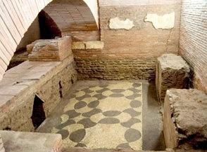 I sotterranei di San Lorenzo in Lucina e i resti della meridiana di Augusto - Visita guidata Roma