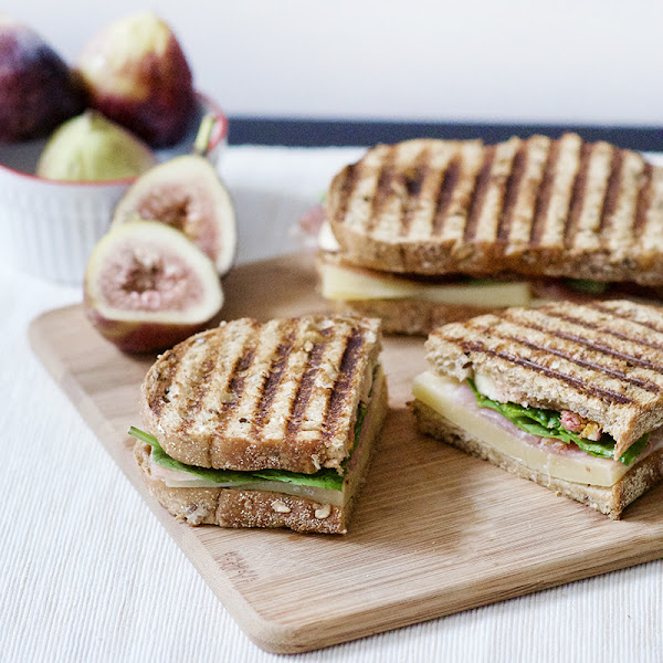 Fig, Prosciutto, and Gruyère Panini + wearFIGS Giveaway!