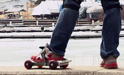 Sepatu Rockit, Skateboard atau Roller Skate?