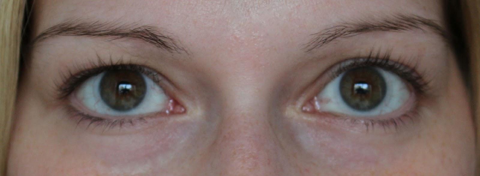 220ff1cba27 LashBlack} Semipermanente Mascara, die 3 Wochen hält - Kirschblütenblog