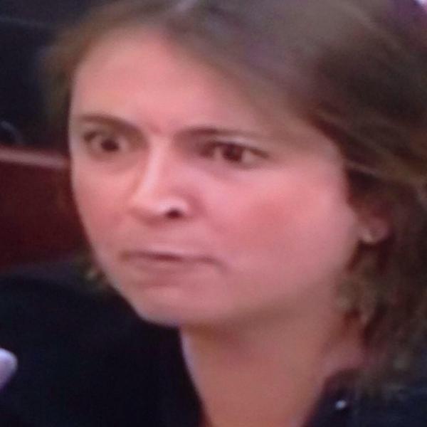 Llorando, Paloma Valencia arremete contra Cortes, pide constituyente y eliminar la JEP luego de la detención de Uribe