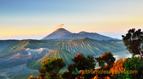 One Day Tour To Mount Bromo East Java