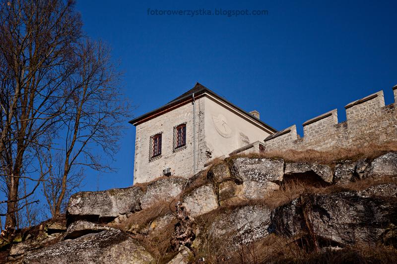 Szydłów, mury obronne, świętokrzyskie, skarbczyk