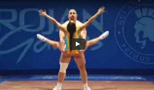 Video: Ada Juga Pertandingan Zakar Terkuat Di Dunia