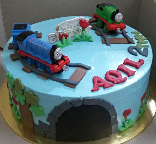 Thomas and Friends Birthday Cake   Muffin Kaseh Azean