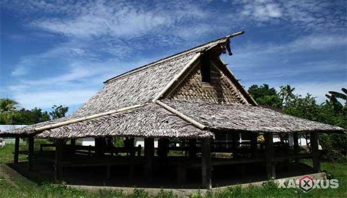 Gambar rumah adat Indonesia - Rumah adat Maluku Utara atau Rumah Sasadu