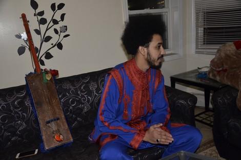 """الفنان """"سمير لانغوست"""" .. مغربي يروج لموسيقى كناوة في أمريكا"""
