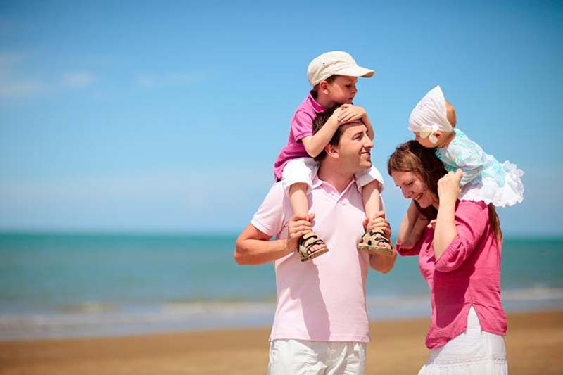 7 Basic Tips For Romantic Traveling With Children