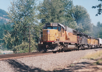 Union Pacific SD50 #5048 at Hampton, Oregon, on July 20, 1997