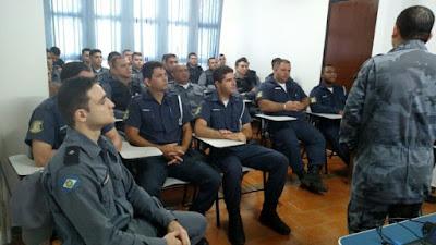Guarda Municipal de Lucas do Rio Verde (MT) e PM realizam treinamento de moto patrulha