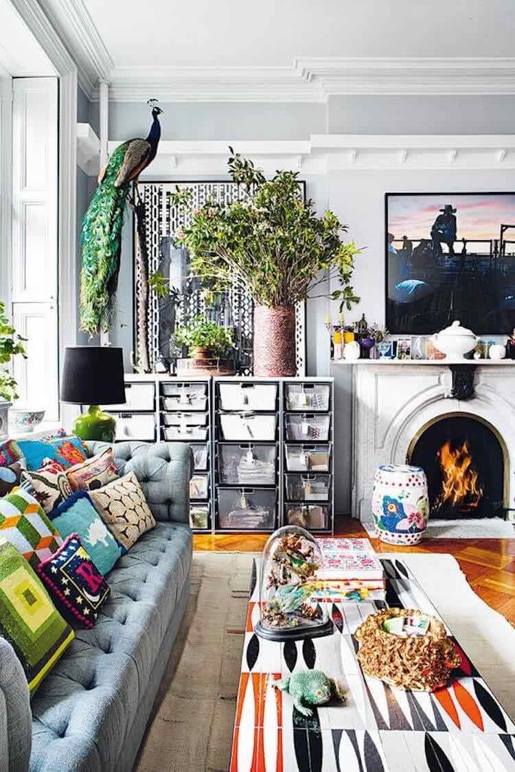 Trucos de interiorista, decorar con cosas corrientes entre otras de lujo