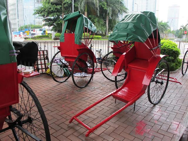 sedan chair rental swing stand only 被遺忘的公交 the forgotten transportation: rickshaw ride in hong kong