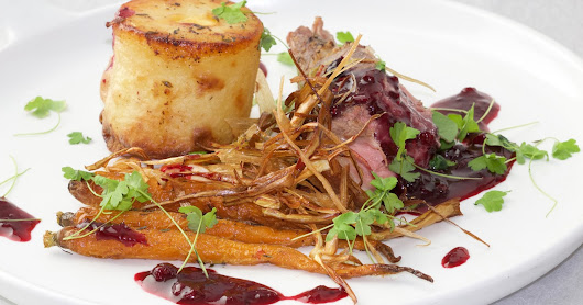 Rack of French Lamb with Blackberries Sauce and Potato Gateau_Wine Marry
