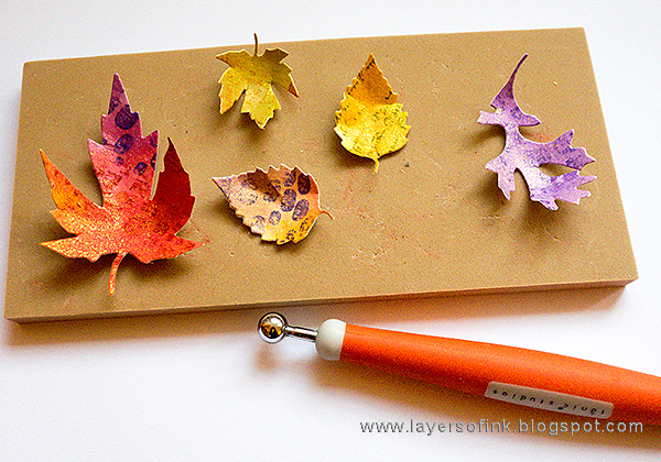 Layers of ink - Vibrant Leaves Wreath Tutorial by Anna-Karin with Tonic Craft Tools Set.