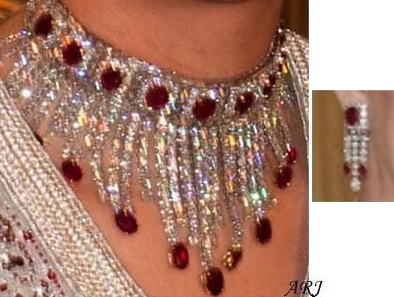 Artemisias Royal Jewels
