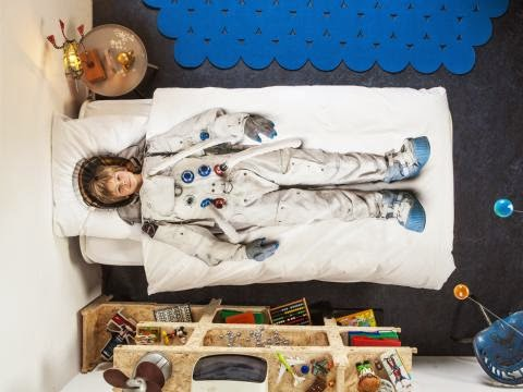 Dormitorio temático astronautas