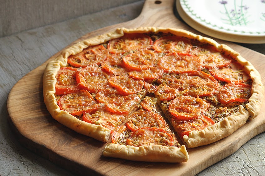 Przepis na tartę z pomidorami