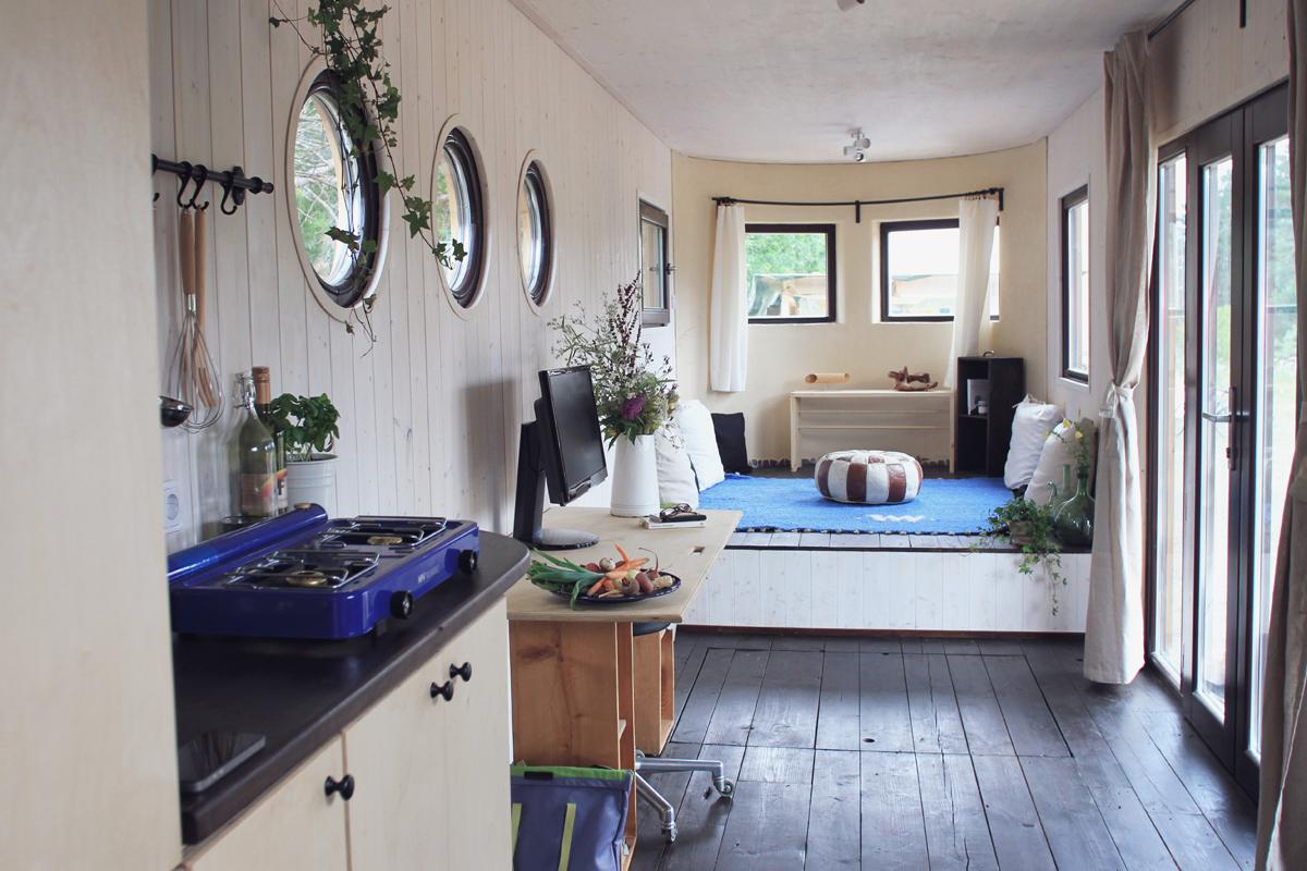 blog mit herz das tiny haus oder mini haus. Black Bedroom Furniture Sets. Home Design Ideas