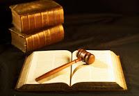 Qual a Diferença entre Defensor, Promotor e Procurador?