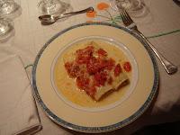 Canelones de verduras con queso de cabra, mascarpone y tomate confitado