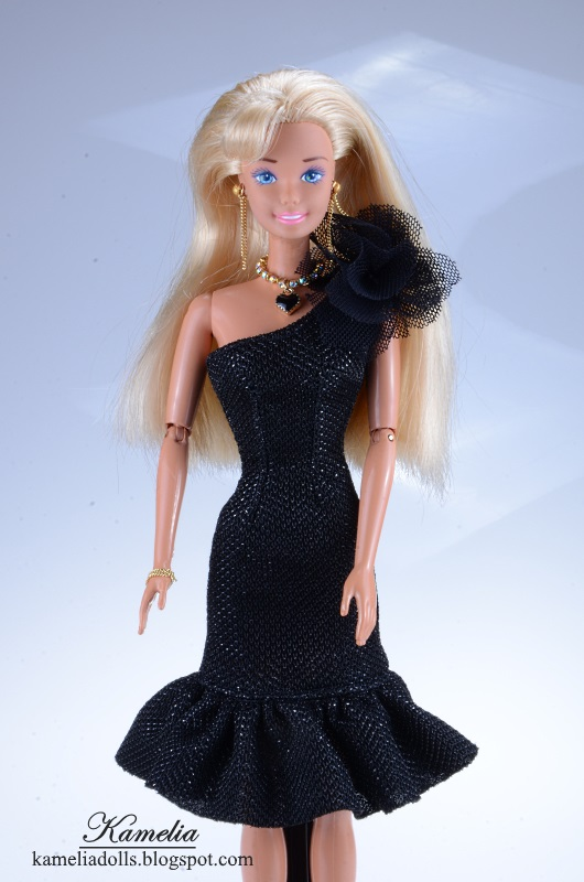 One arm little black dress for Barbie doll.